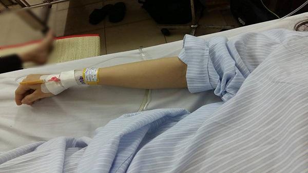 Cô gái trẻ kiệt quệ vì bệnh lạ, đi tiểu 50-70 lần mỗi ngày
