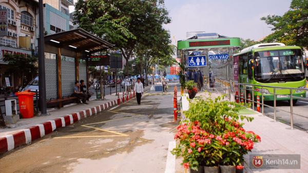 """Cận cảnh trạm xe buýt 8,5 tỷ đồng, """"sang chảnh"""" nhất trung tâm Sài Gòn và có nhà vệ sinh thông minh"""