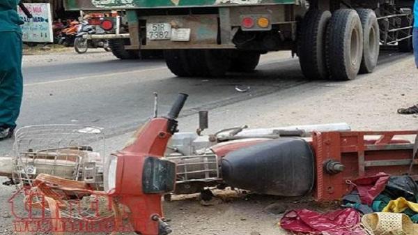 2 người thương vong dưới bánh xe 'hung thần' container trên đường phố Sài Gòn