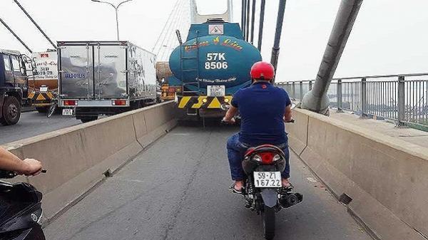 CSGT phạt nguội xe bồn chiếm làn xe máy trên cầu Phú Mỹ