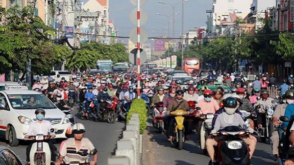 TP.HCM phân luồng giao thông từ xa tránh ùn tắc dịp Tết
