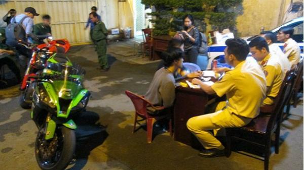 Cảnh sát TP.HCM xử phạt hàng trăm người quá khích trong đêm chiến thắng của U23 VN