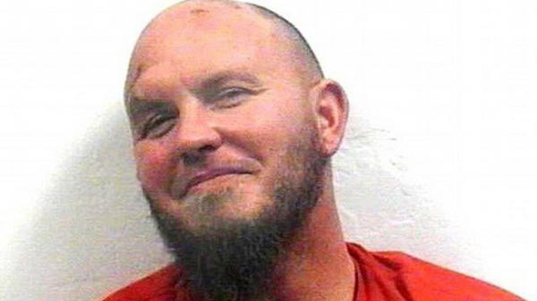 Mỹ: Say rượu vào nhầm nhà hàng xóm, giết chủ nhà rồi báo cảnh sát vì tưởng là kẻ gian