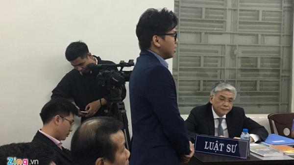 TP.HCM: Tài xế Vinasun đông nghẹt tại phiên tòa xử vụ kiện Grab