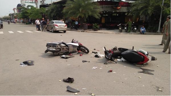 Va chạm liên hoàn, 2 thanh niên 25 tuổi nguy kịch ở Sài Gòn
