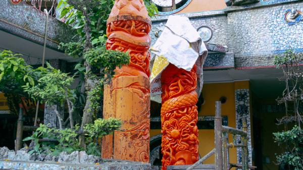 """TP.HCM: Cặp nến """"khủng"""" nặng cả tấn lập kỷ lục Guinness Việt Nam, được bán với giá 300 triệu đồng"""