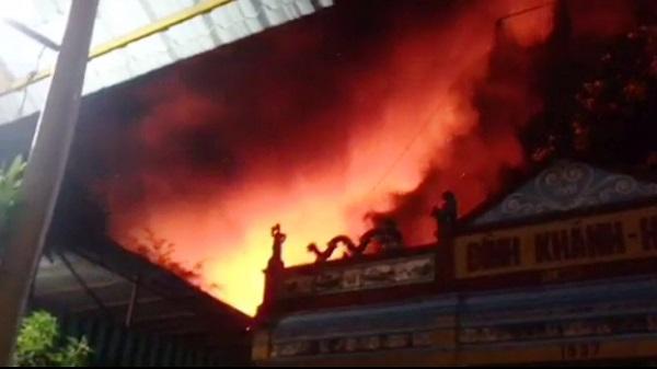 Hé lộ nguyên nhân vụ cháy nhà kho tại quận 4, TP.HCM