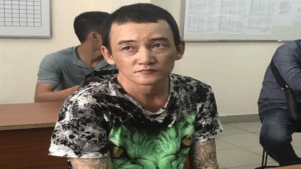 Tên cướp xăm mình, giật dây chuyền bị đặc nhiệm quật ngã giữa Sài Gòn