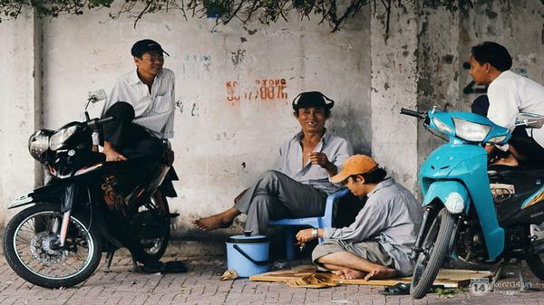 Sống ở Sài Gòn, chẳng ai bận soi mói nhau, chỉ cần chơi được