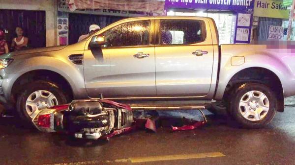 Sài Gòn: Hai thanh niên chạy xe máy tốc độ cao gây tai nạn khiến 2 mẹ con nhập viện rồi bỏ trốn khỏi hiện trường