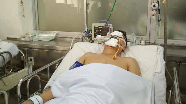 Thượng úy CSGT bị mô tô tông ở Sài Gòn đang nguy kịch