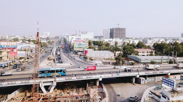 Cận cảnh nút giao thông 3 tầng thứ hai ở Sài Gòn sau khi thông xe hầm chui hơn 500 tỉ đồng