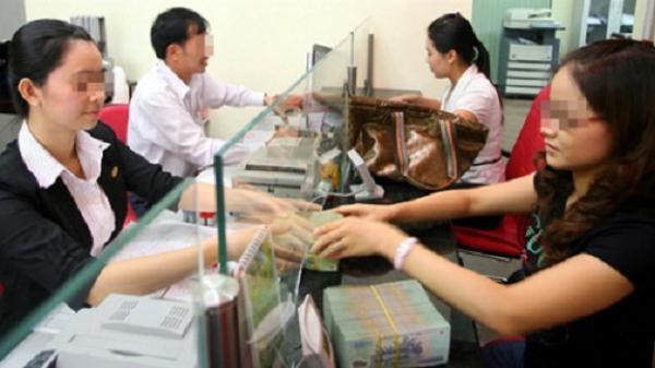 """Cô gái 9X ở Sài Gòn và mẩu giấy """"Bình tĩnh và báo công an giúp tôi. Anh ta có vũ khí"""""""