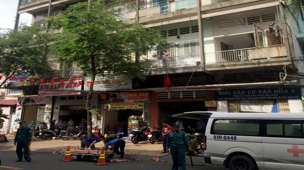 Một phụ nữ 37 tuổi tử vong sau khi rơi khỏi chung cư ở Sài Gòn