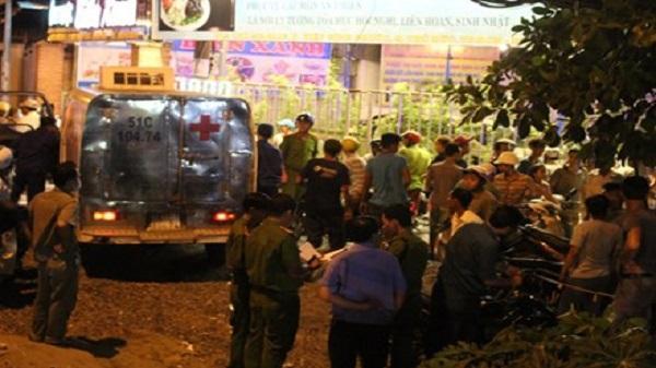 Người đàn ông xăm mình tử vong dưới cầu ở Sài Gòn