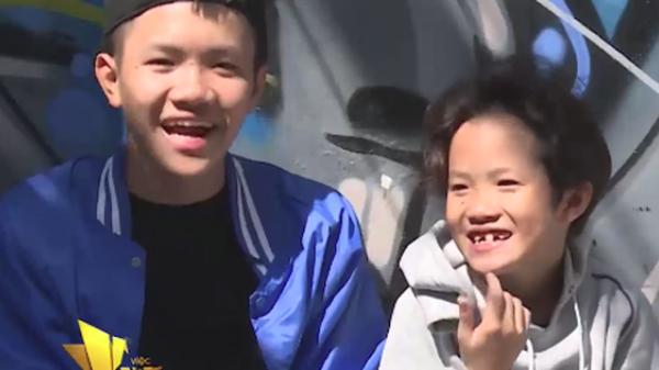 Câu chuyện xúc động về chàng vũ công 24 tuổi ở Sài Gòn cưu mang 3 anh em mồ côi mẹ suốt 3 năm qua