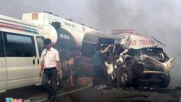 Đốt cỏ tạo khói gây tai nạn trên cao tốc TP.HCM - Long Thành - Dầu Giây: Ai chịu trách nhiệm?