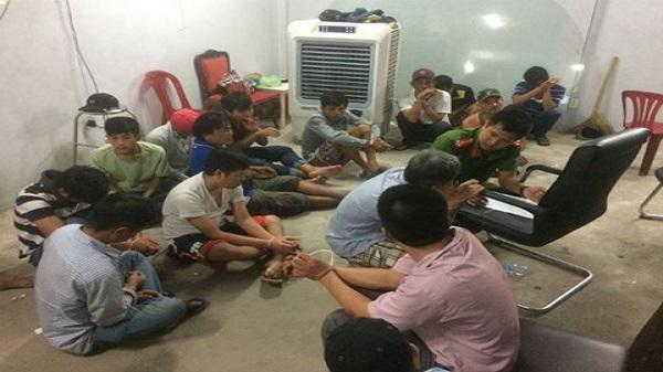 Cả trăm cảnh sát bắt sới bạc khủng trong căn biệt thự ở Sài Gòn