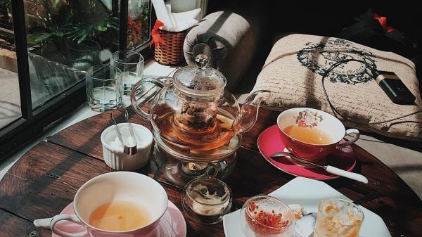 """Điểm danh những tiệm trà bánh """"sang chảnh"""" nhất nhì Sài Gòn"""