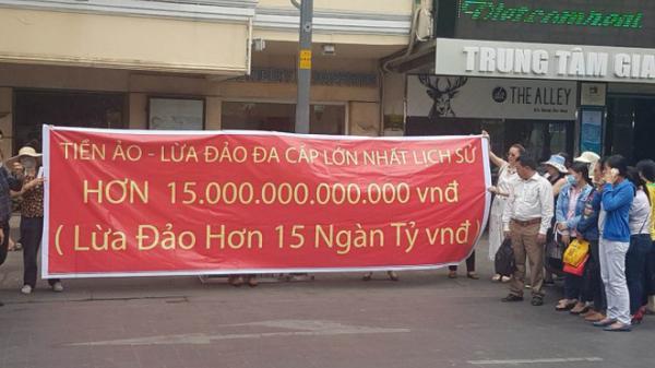 TP HCM: Người dân kêu cứu vì bị lừa đảo 15.000 tỷ đồng bằng tiền ảo?