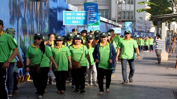 3.000 dân quận 1 đi bộ đồng hành trên vỉa hè