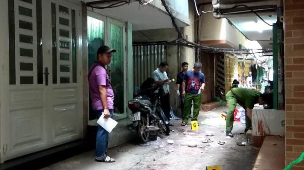 Vì câu chọc ghẹo, nam thanh niên bị truy sát vào tận nhà ở Sài Gòn