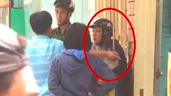 Cảnh sát nổ súng khống chế kẻ cầm dao tấn công chủ tiệm cơm ở Sài Gòn