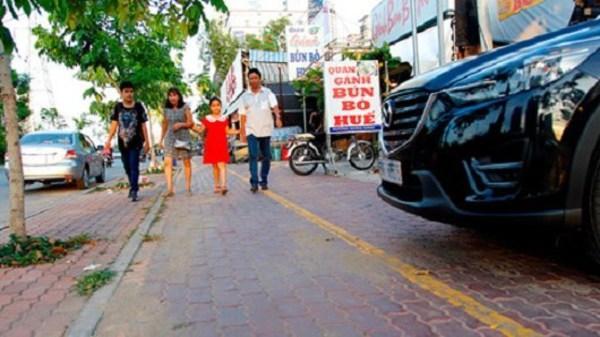 """Biến hàng rong nhếch nhác thành """"thương hiệu văn hóa ẩm thực"""" Sài Gòn"""
