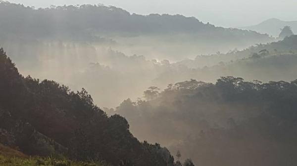 T.hi t.hể phượt thủ đã được đưa lên đỉnh thác Lao Phào