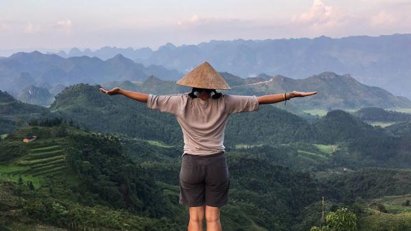 """Việt Nam qua lăng kính của nữ nhiếp ảnh gia Anh: Những khoảnh khắc """"hút hồn"""" cả thế giới"""