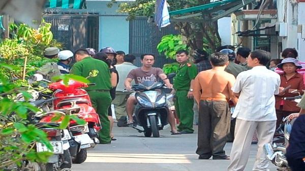 Hơn chục thanh niên truy sát, giết người đàn ông ở Sài Gòn