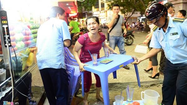 Người chiếm vỉa hè Sài Gòn hốt hoảng khi thấy ông Hải xuất hiện