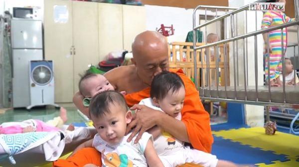 Người cha đặc biệt của những đứa con bị bỏ rơi ở Sài Gòn