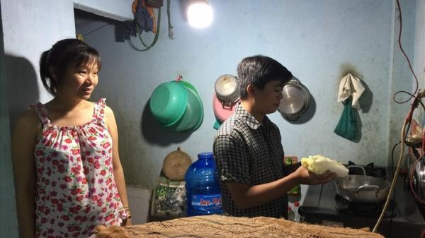 Công nhân ở Sài Gòn sống thế nào với lương tối thiểu: Em sắp sinh rồi mà chưa để dành được đồng nào