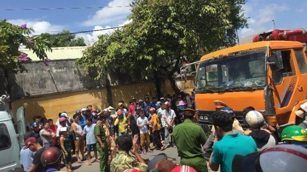 TP.HCM: Bị xe tải kéo lê hơn 20 mét, người đàn ông tử vong thương tâm