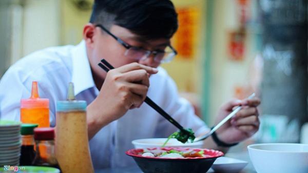 5 con đường ẩm thực nhộn nhịp từ 15h ở TP.HCM