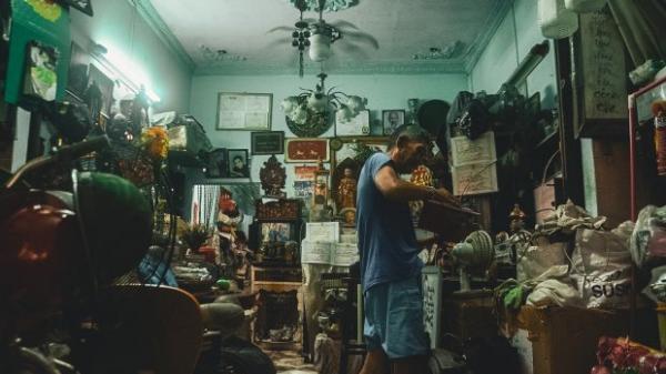 Gia tài bạc tỷ từ phế thải của ông lão nhặt rác Sài Gòn: 'Có người trả 50 triệu đồng cho một chiếc quạt tự chế'