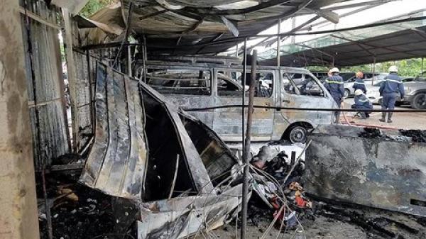 Điều tra nguyên nhân vụ cháy bãi giữ xe gần sân bay Tân Sơn Nhất