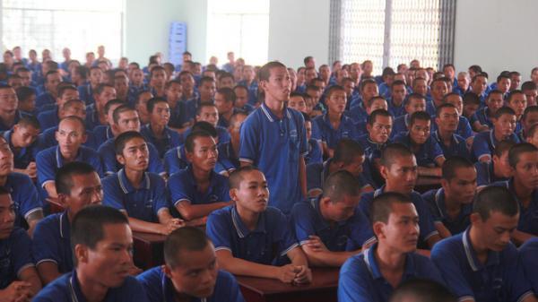 """Học viên cai nghiện trốn trại: """"Đi làm về mệt mỏi, xếp màn không ngay cũng bị đánh"""""""