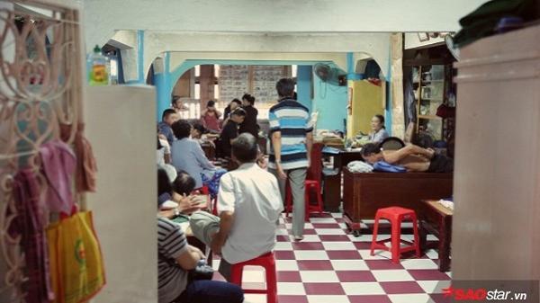 'Bệnh viện' miễn phí và câu chuyện tình người lan tỏa nơi cửa chùa
