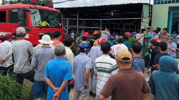 TP HCM: Chồng châm lửa đốt nhà sau khi cãi nhau với vợ, khu dân cư hỗn loạn