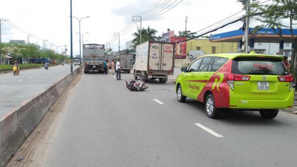 Con gái 16 tuổi tử vong, bố nguy kịch sau va chạm với xe ô tô ở Sài Gòn