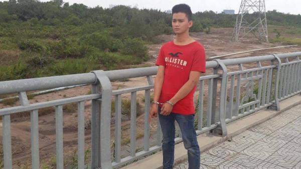 Bị truy đuổi lúc rạng sáng, kẻ trộm nhảy sông hòng tẩu thoát ở Sài Gòn