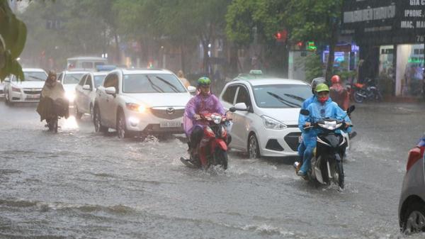 Dự báo thời tiết hôm nay 4/9: Sài Gòn có mưa lớn
