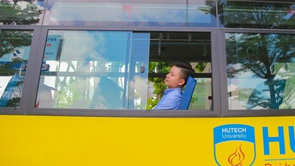 Có sinh viên trường nào sướng như ở Hutech, được đưa đón tận nơi bằng xe buýt miễn phí 100%?