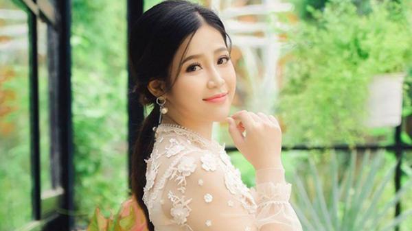 MC Cao Vy bất ngờ lên tiếng khi bị cư dân mạng tấn công facebook và vướng tin đồn bán dâm