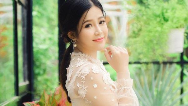 Nhan sắc xinh đẹp của hot girl Cao Vy