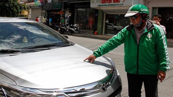 Chủ quán nhậu gọi người đập 6 ô tô Grab đậu trên đường
