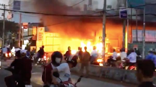 Hé lộ nguyên nhân cháy trạm xăng tại TP HCM