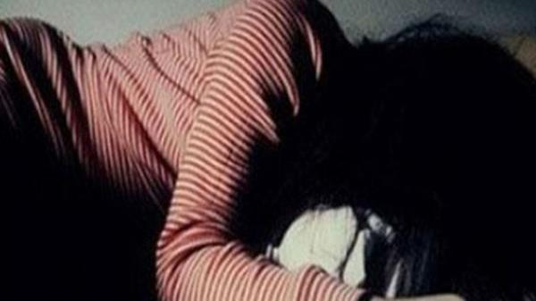 Bé gái quê Trà Vinh bán vé số dạo bị người đàn ông gần 70 tuổi h.iếp dâm